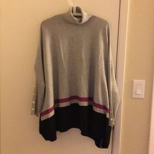 Pre-owned Joseph A. Oversized Poncho Sweater M